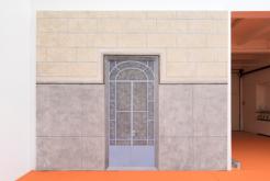 S.L.A.V.1 2015 acrylique sur toile de scénographie 340 x 415 cm. courtesy Galerie Bugada & Cargnel, Paris photo : Martin Argyroglo