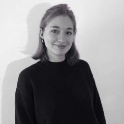 Pauline Schweitzer, Secrétaire générale, Responsable des relations extérieures, Jeune Critique d'Art. Articles : https://lc.cx/ptpX.