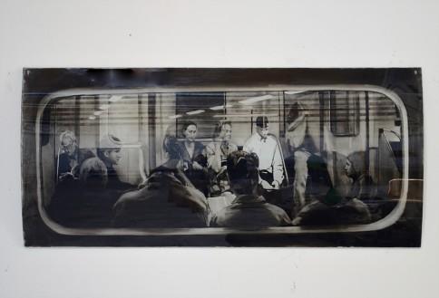 Sans-titre, 2017, Verre bombé, encré et gravé, 90x140cm