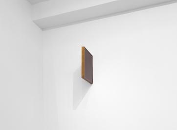 Gabriel Leger, Les Miroirs Incessants, 2018. Miroirs «vierges», laiton édition 3ex. 31,5 x 25,5 cm. Courtesy Gabriel Leger et Galerie Sator, Paris.