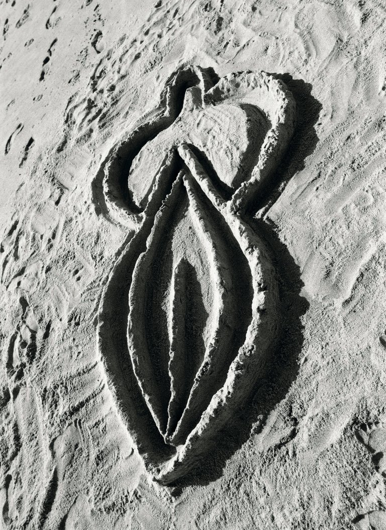 Ana Mendieta, Sandwoman, 1983 (Estate print 2018) Black and white photograph Edition of 6 with 3 APs (GP2322) © The Estate of Ana Mendieta Collection, LLC Courtesy Galerie Lelong & Co.